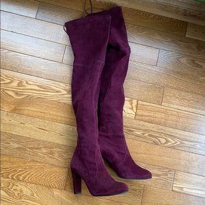 Like new Stuart weitzman highland boots size 9.5
